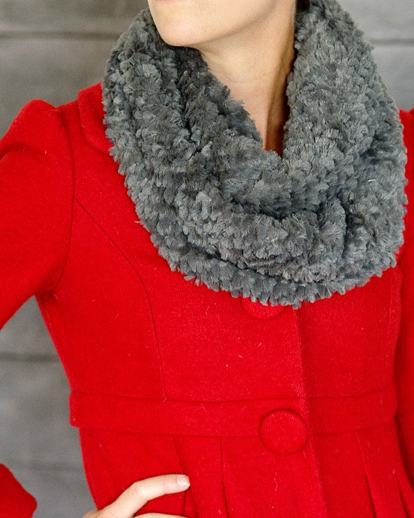 Cents of Style Infinity Fur Scarf