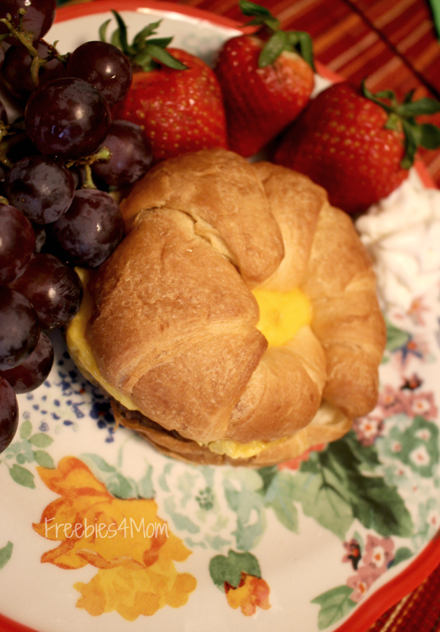 Croissant 630x906