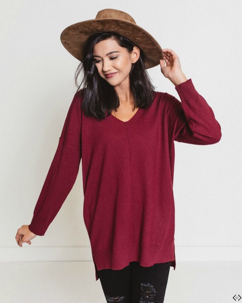 40% off V-Neck Sweater & Cardigan