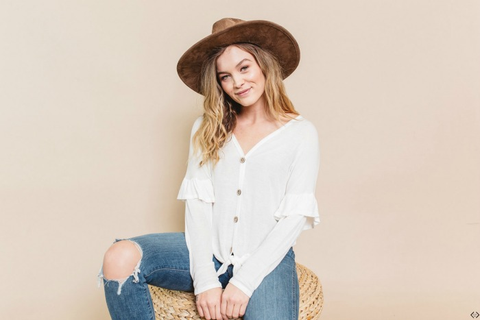 40% off Button Up Tops & Dresses