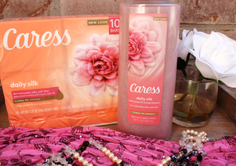 🌸Save $1 on Caress at H-E-B