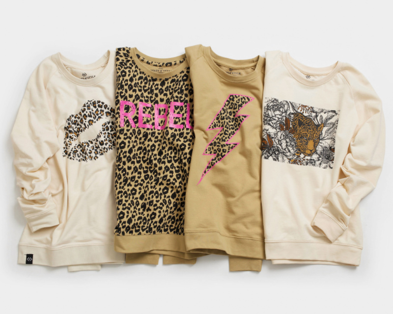 🐆Leopard Print Graphic Tops Starting at $16.99